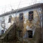 Ruins of an old Jewish home in Gvardeskoye.